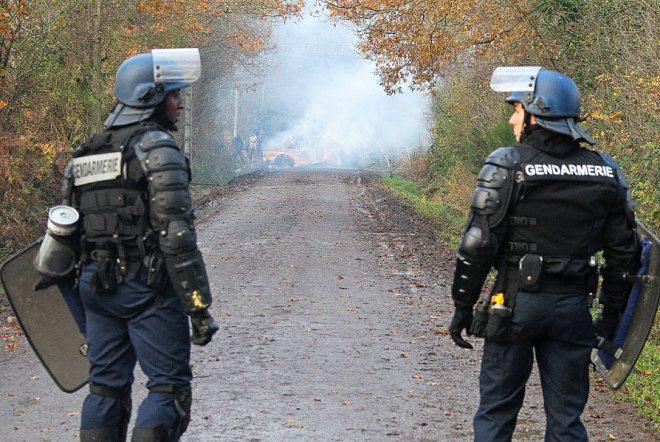 2-500-gendarmes-et-militaires-pourraient-etre-mobilises_3774034